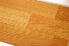 определение толщины покрытия на дереве